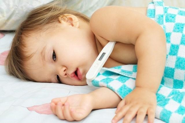 6 Cara Menurunkan Demam Bayi 3 Bulan Dengan Cepat